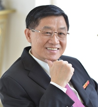 Johnathan Hạnh Nguyễn