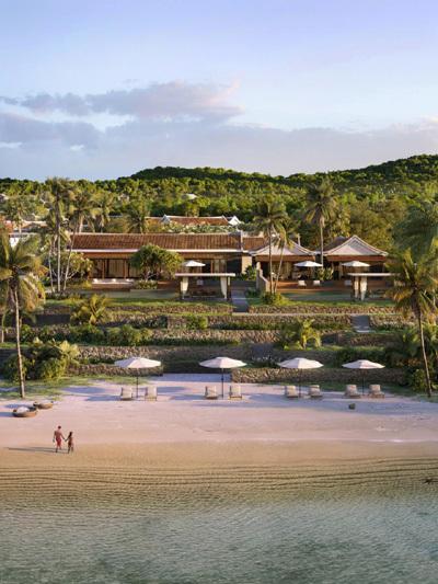 Park Hyatt Phu Quoc có một khách sạn và 65 căn biệt thự siêu sang với tầm nhìn biển tuyệt đẹp, mang kiến trúc của những ngôi nhà truyền thống Việt Nam.