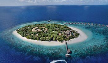 Tất cả căn biệt thự tại Park Hyatt Maldives Hadahaa đều có tầm nhìn 360 độ hướng biển.