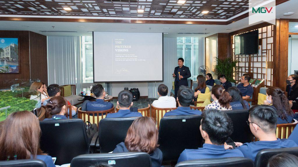 Anh Trần Quốc Sơn - kinh nghiệm 10 năm làm quản lý tại Park Hyatt Saigon