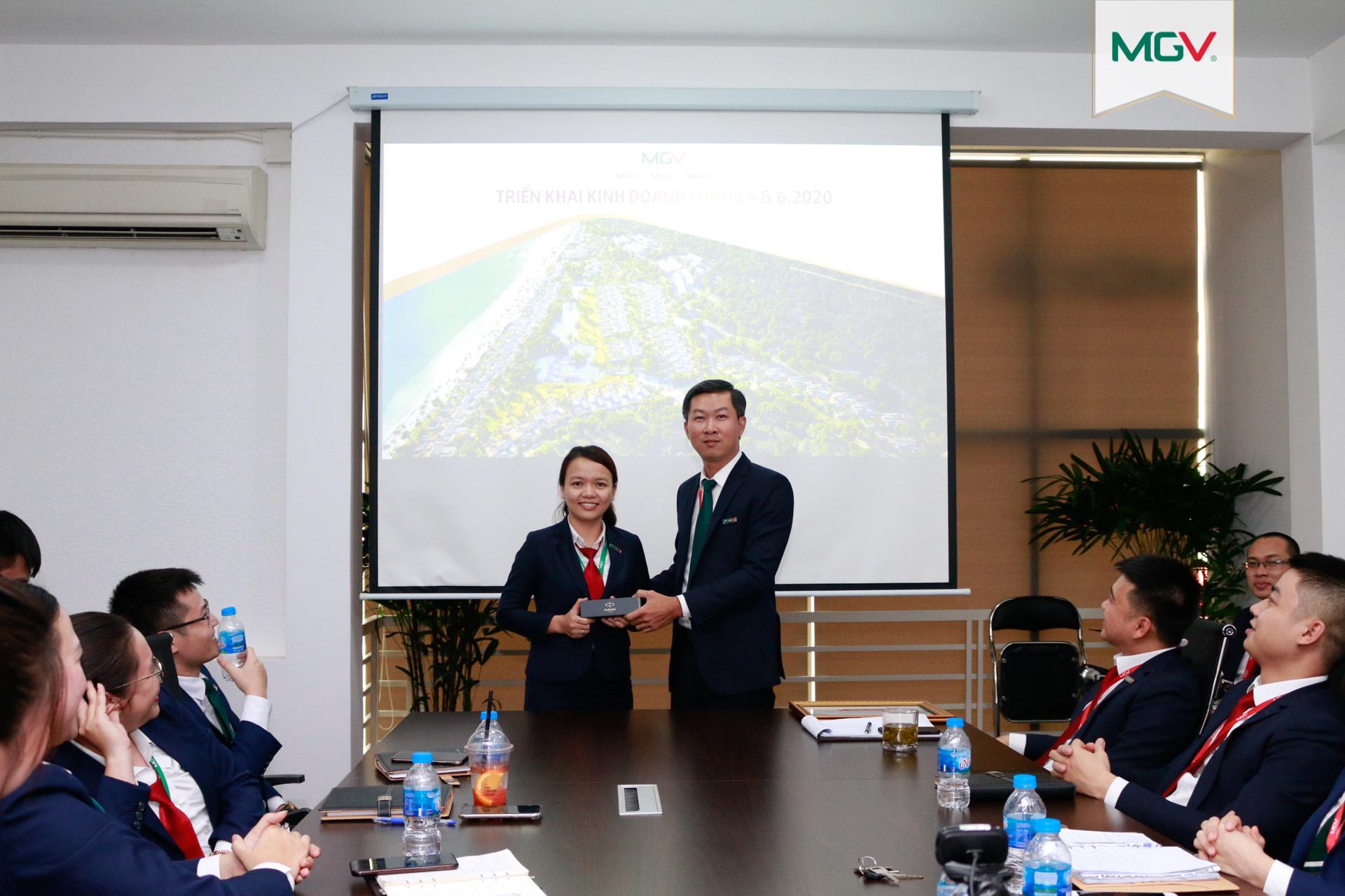 Huỳnh Thị Như Mai - Nhân viên đoạt giải đặc biệt cuộc thi 'MGV - Góc làm việc tại nhà'