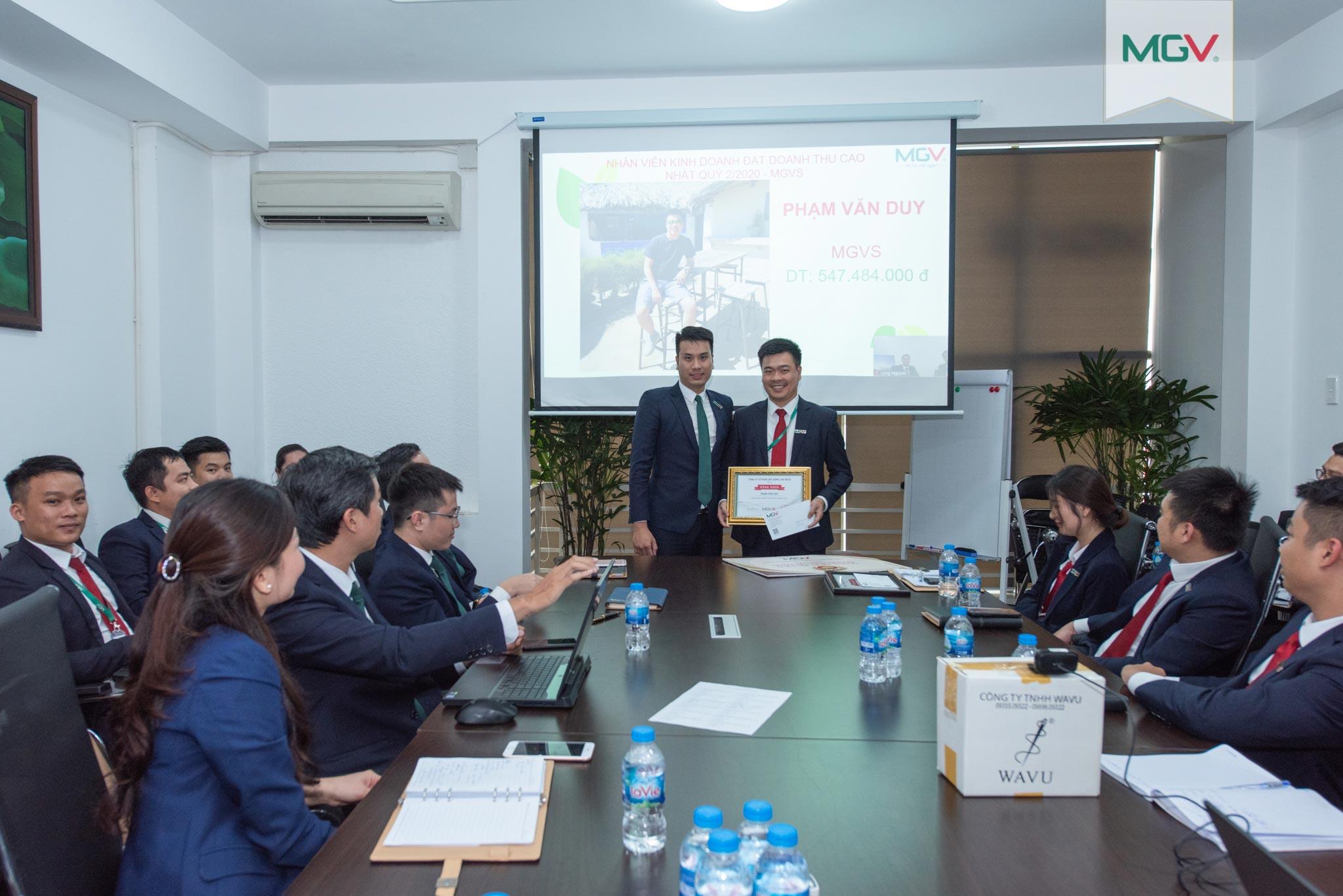 Nhân viên kinh doanh đạt doanh thu cao nhất Quý 2/2020 - anh Phạm Văn Duy (đơn vị MGV.S)