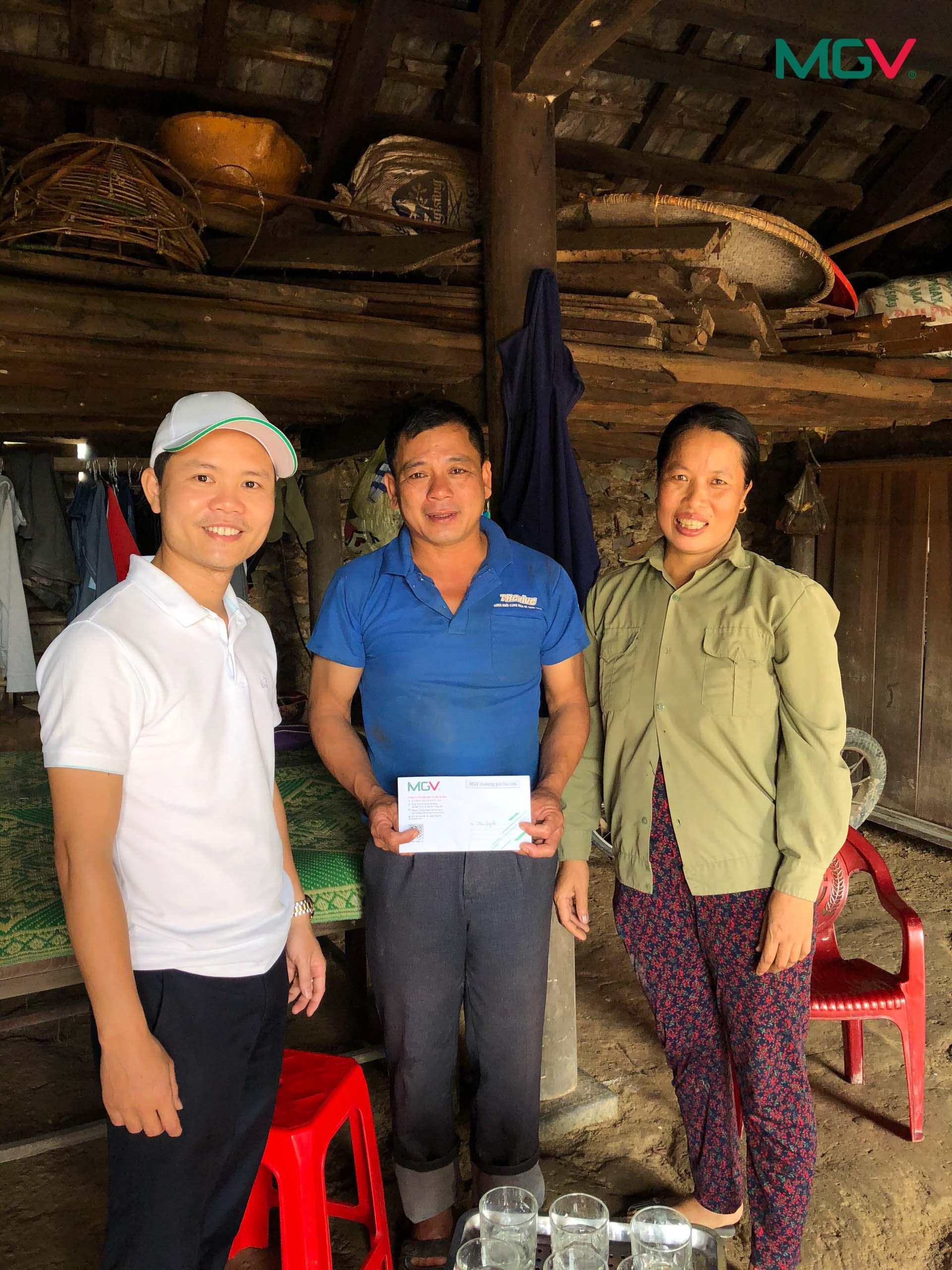Cứu trợ lũ lụt miền Trung 2020 - 12