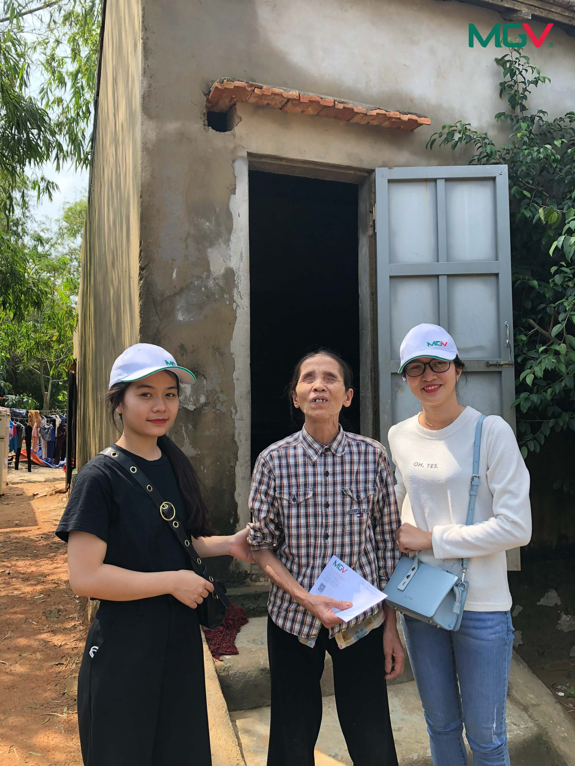 Cứu trợ lũ lụt miền Trung 2020 - 9